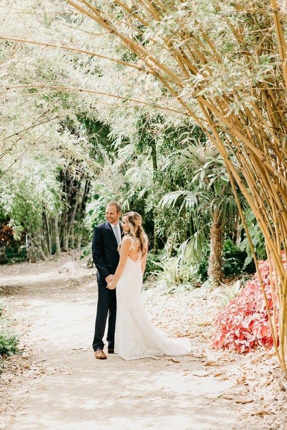 Modern tropical wedding at San Diego Botanic Garden