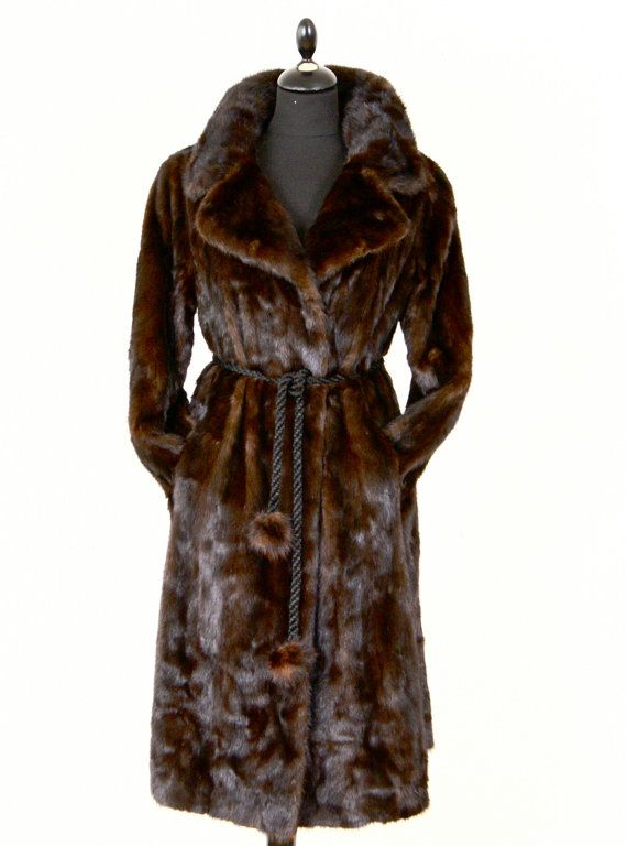 1d6e12524f81 Exquisite Vintage CHRISTIAN DIOR For Holt Renfrew Glossy Mahogany Ranch Mink  Fur Coat on Etsy, 554,00 €