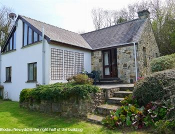 Nant Y Blodau Newydd, Newport | 4 Star Holiday Cottage in Wales | Coastal Cottages of Pembrokeshire UK