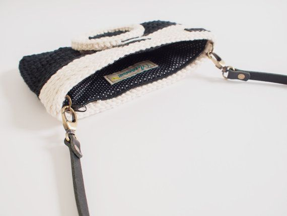 Crochet Vintage Camera Purse/ Black Color #camerapurse