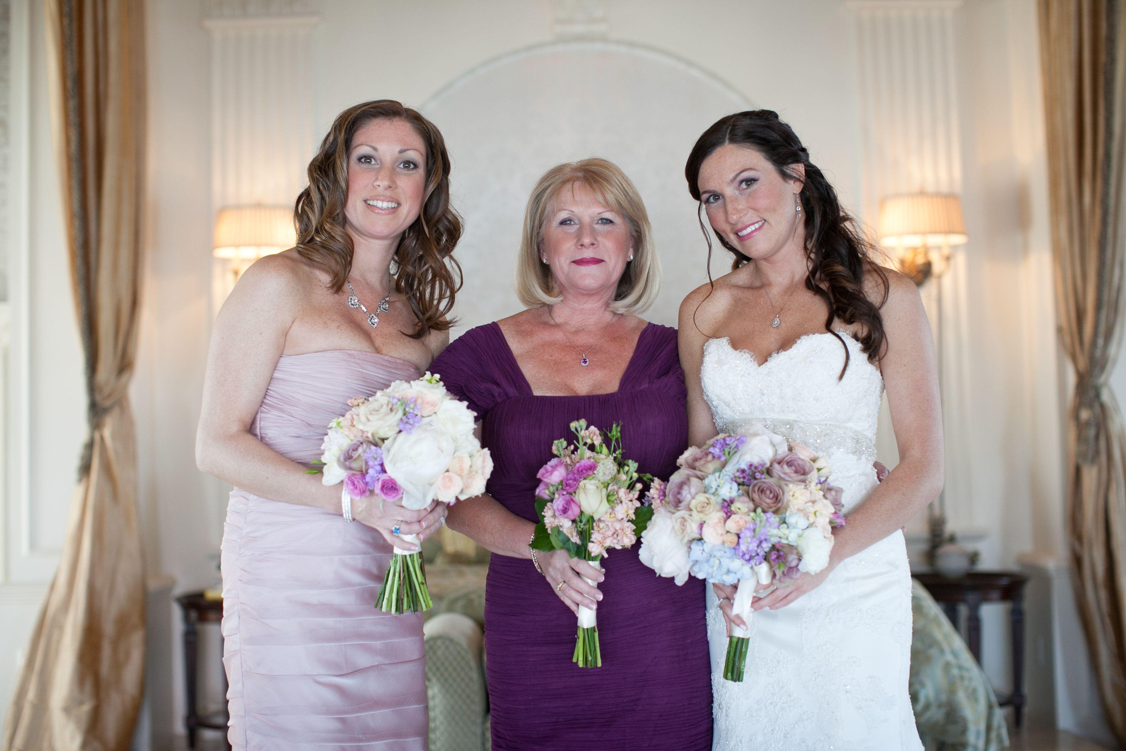 Wedding beach house  Beach House Spa I Ann Coen Photography I Wedding prep I Bridal hair