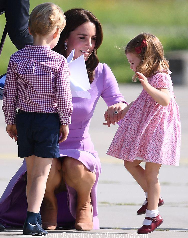 Join. Kate middleton up skirt aside!