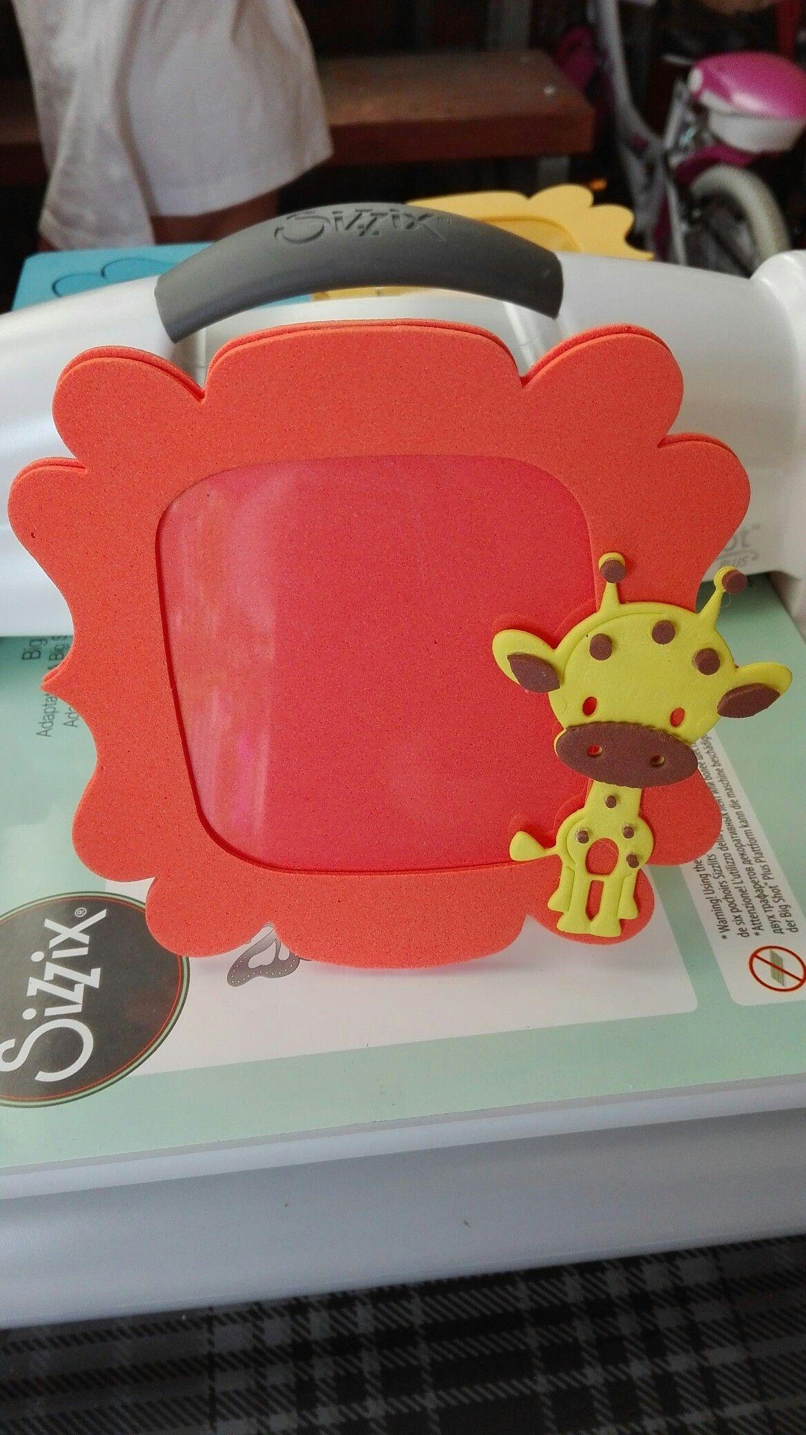 Cornice piccola fommy con giraffa