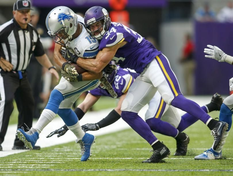 Today the Minnesota Vikings meet the Detroit Lions. Play