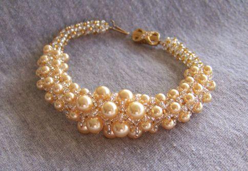 Golden Pearls in netting bracelet...