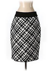 Practically New Size 4 White House Black Market Casual Skirt for Women
