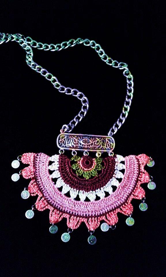 Tığ işi | bartu | Pinterest | Halsketten, Perlen ohrringe und Kette