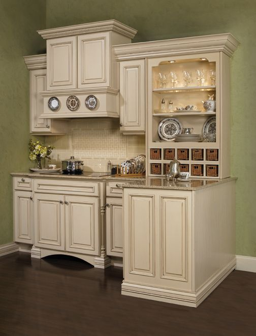 Square Style Cabinets Too Ornate For Us But Just Gives Idea Of Cabinet Door Style Ideas De Diseno De Cocina Diseno De Cocina Comedor Diseno De Cocina