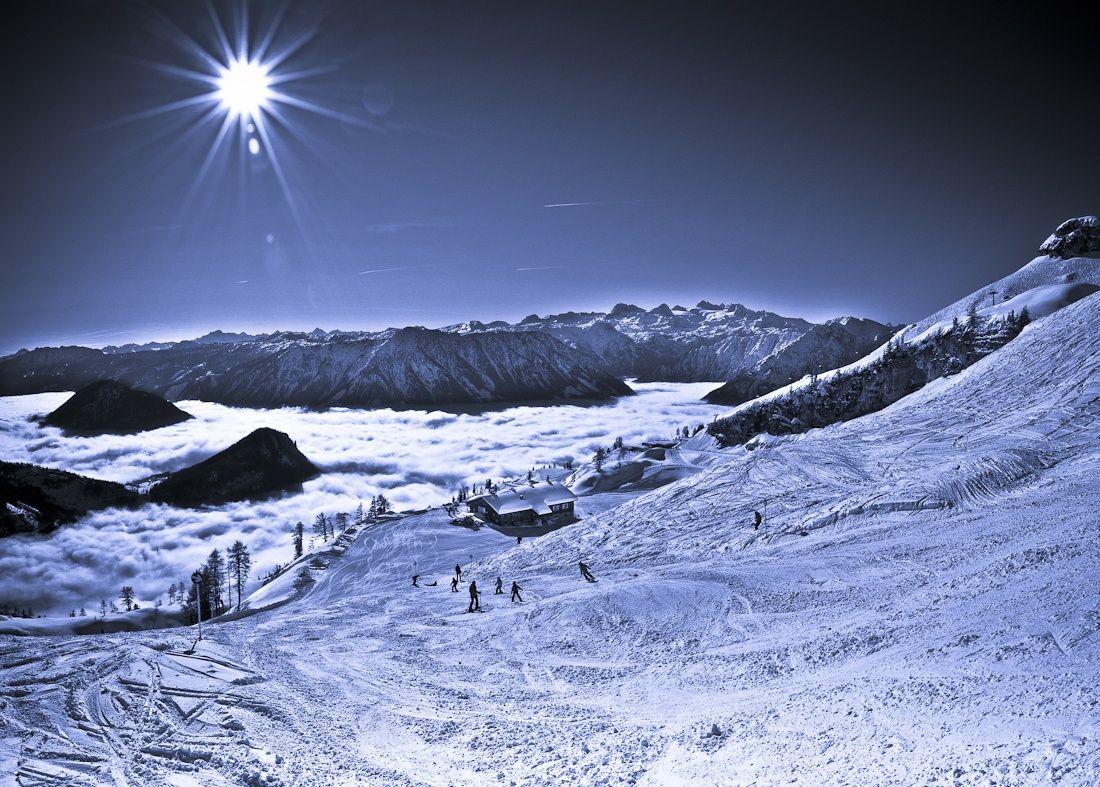 Sea of clouds in Loser ski resort, Altaussee, Styria, Austria ✯ ωнιмѕу ѕαη∂у