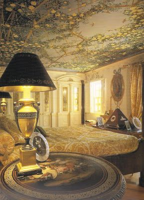 The Devoted Classicist Versace S Casa Casuarina Versace Mansion Miami Beach Mansion Luxurious Bedrooms