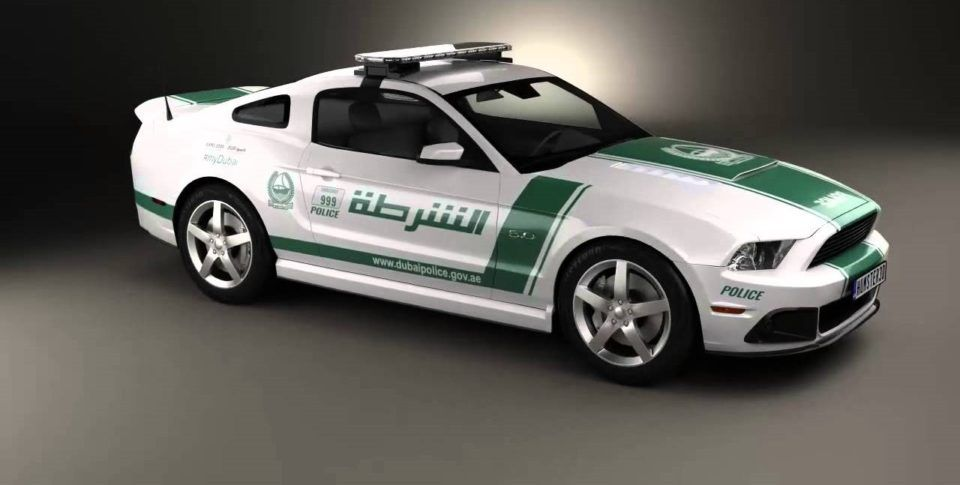 What Type Of Cars Dubai Police Drive With Images Police Ford