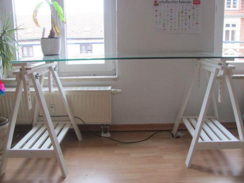 Glasholm Finnvard Ikea Schreibtisch Mit Glasplatte Zu Verkaufen
