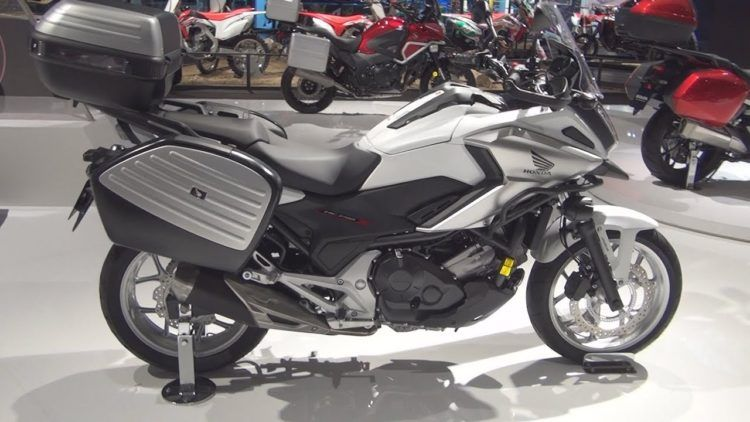The 10 Best Automatic Motorcycle Models On The Market Today Motorcycle Motorcycle Model Motorcycle Bike