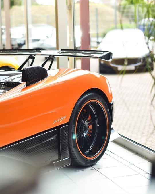 Pagani Zonda Cinque Roadster 😍😍... In 2020