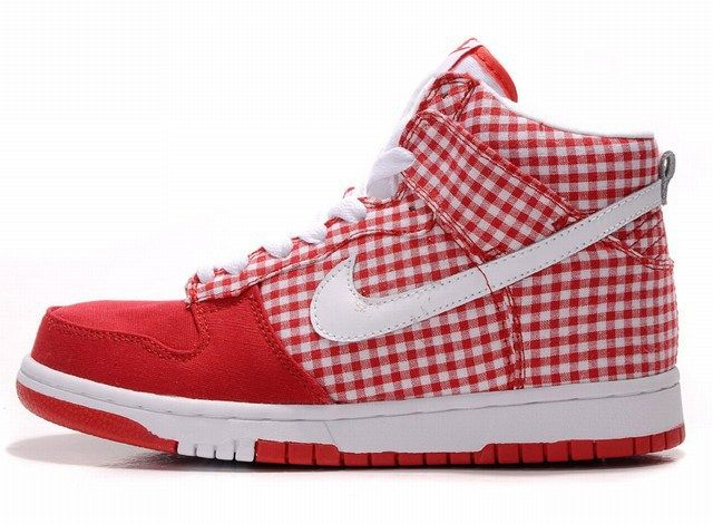 This Pair Of Shoes Is Made Up Of Two Parts Part Of It Is Pure Red While The Other Part Is Grid Design The Mi Nike Shox Shoes Air Force One