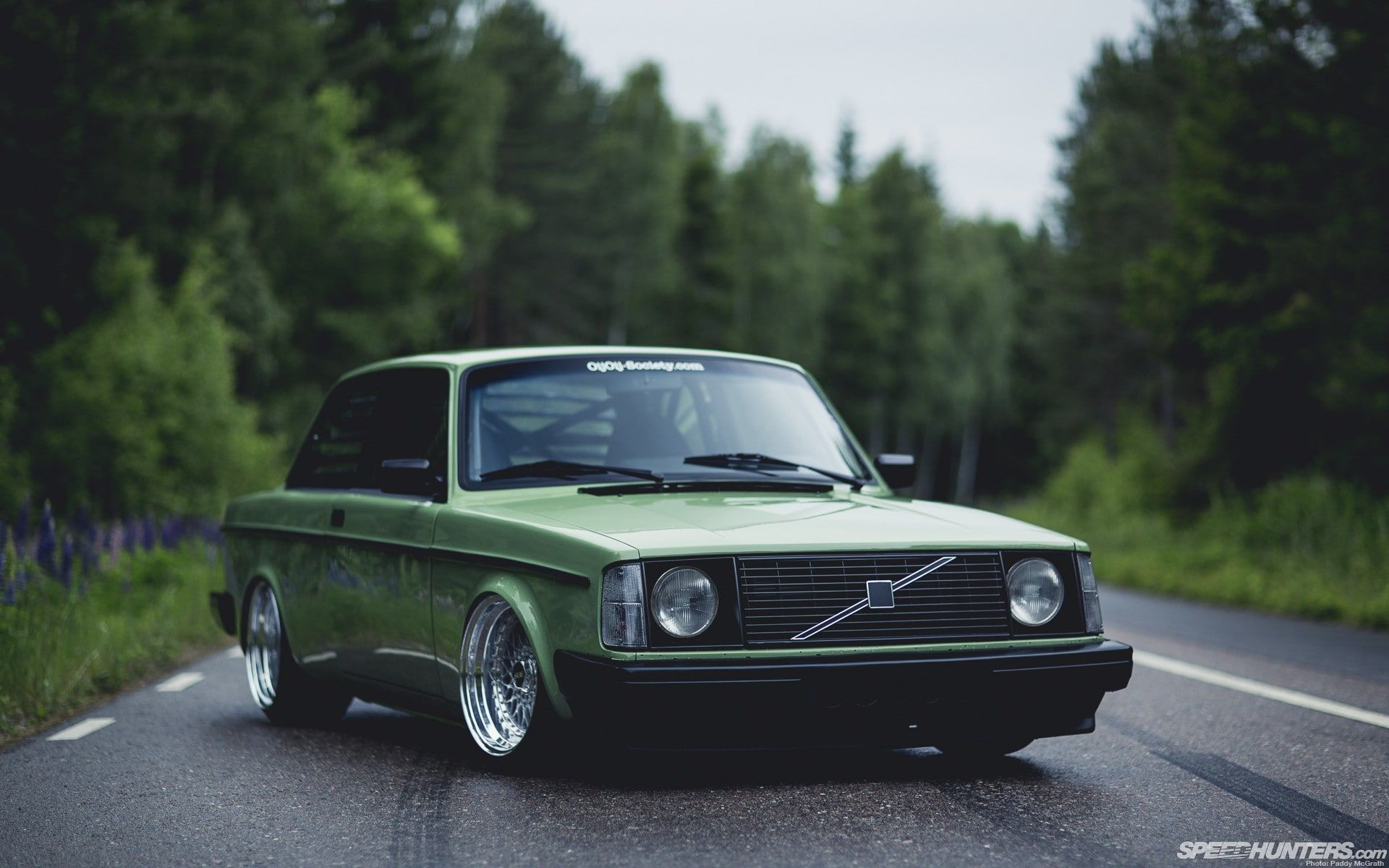 Bbs Green Stance Volvo 240 Road Volvo Car Trees 1080p Wallpaper Hdwallpaper Desktop Volvo 240 Old Volvo Volvo 740
