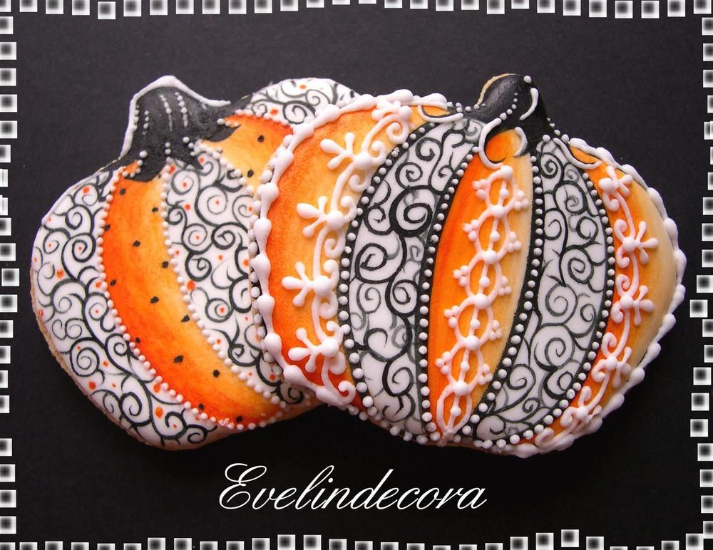 lacy halloween pumpkin cookies by evelindecora posted at julia ushers cookie connection