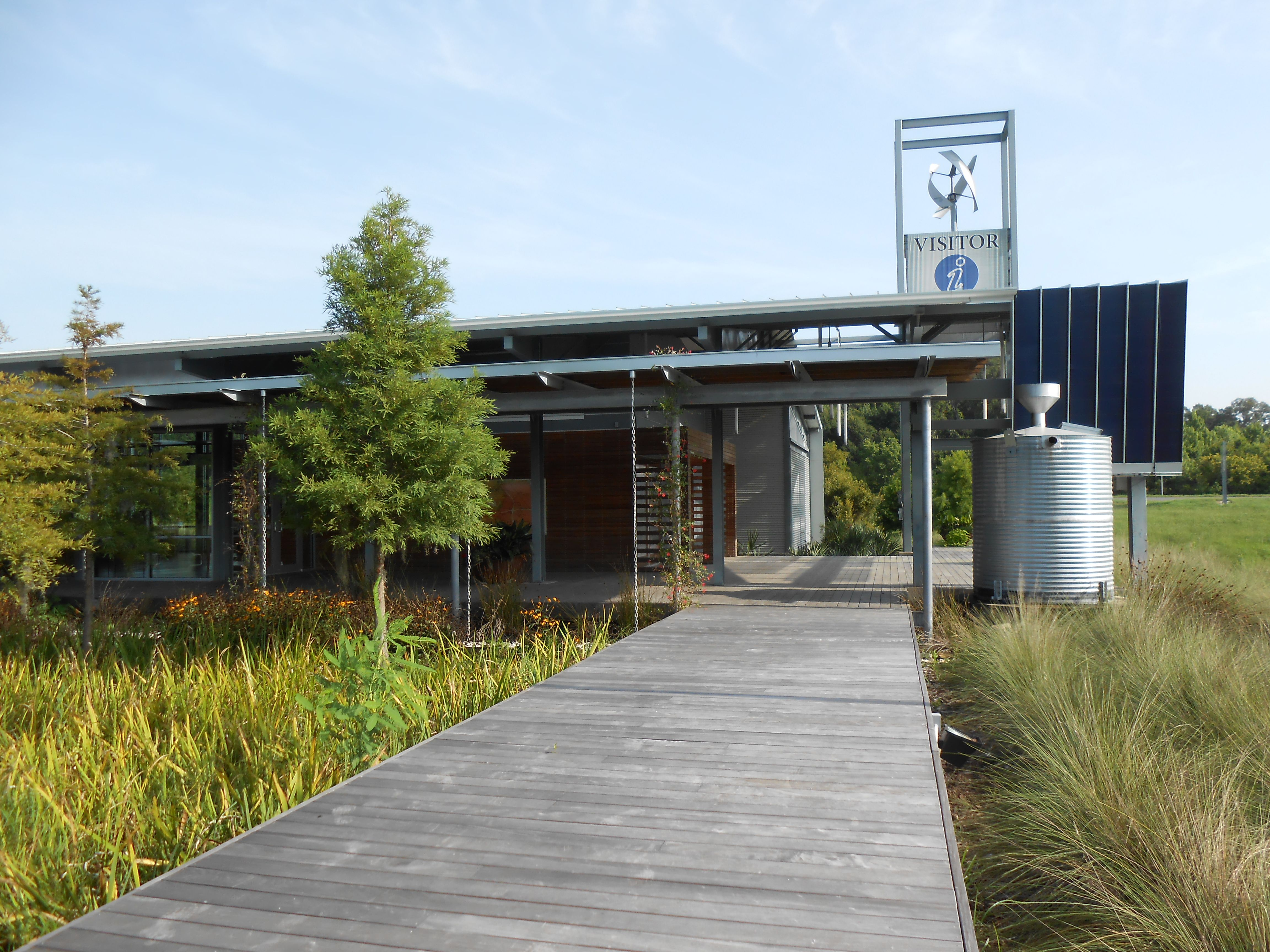 Landscape Design With Sustainability In Mind Sustainable Garden
