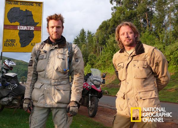 Ewan McGregor e seu melhor amigo, Charley Boorman, dão a volta ao mundo nas suas motocicletas. Em Duas Rodas Com Ewan McGregor #NatGeo Confira conteúdo exclusivo no www.foxplay.com