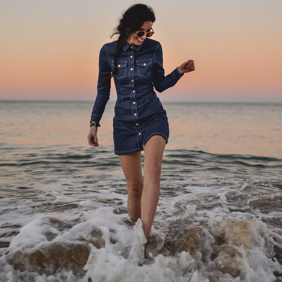 Elle-May L. - Diving in