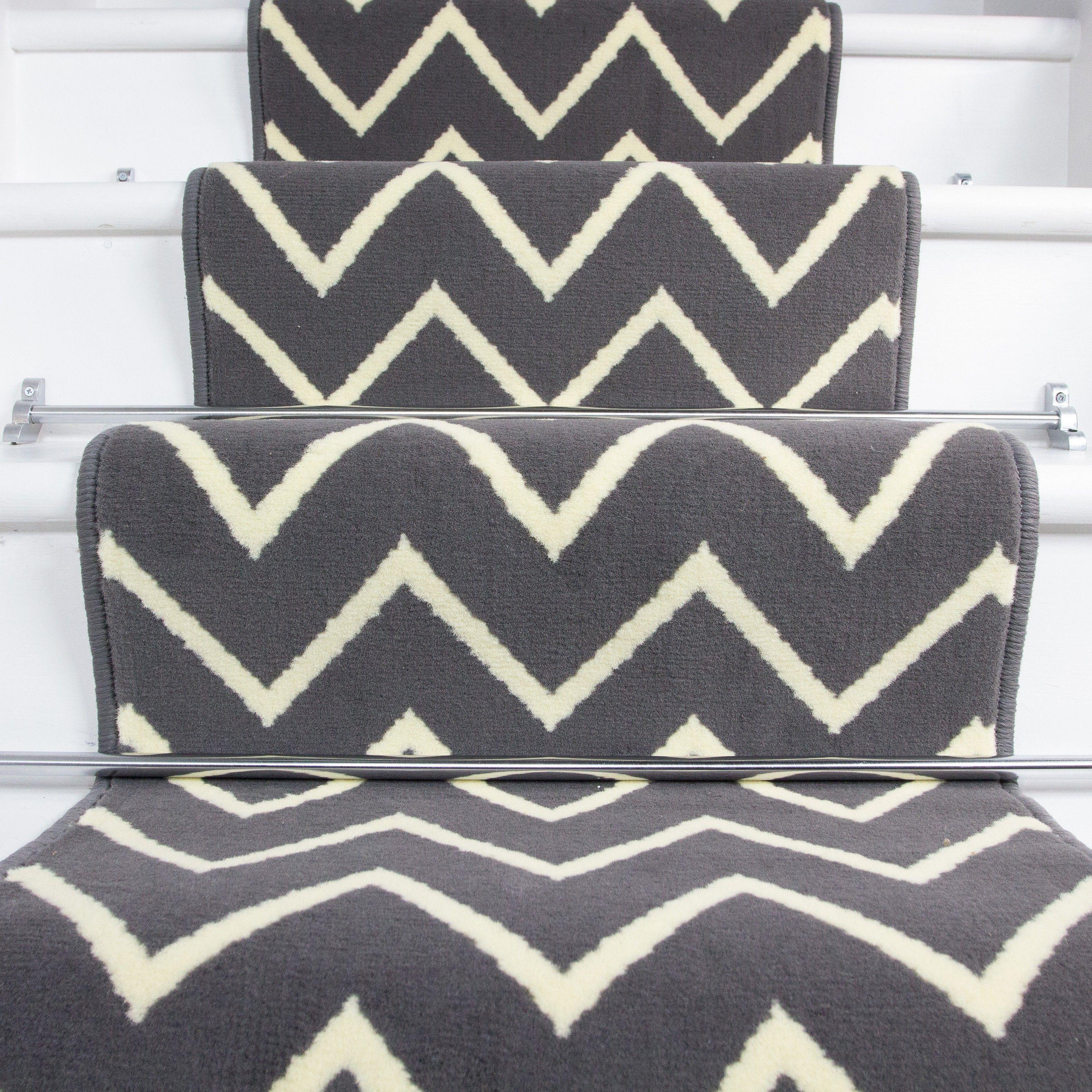 Best 70Cm Width Modern Grey Cream Zig Zag Chevron Stair 400 x 300