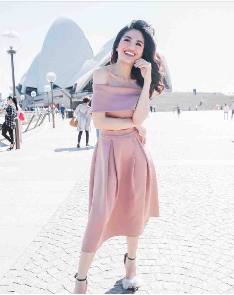 Apartment 8 Clothing Dress Off Shoulder Inspired Preloved Women S Fashion