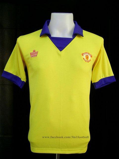 Manchester United 1973 Away Classic Football Shirts Football Fashion Soccer Shirts