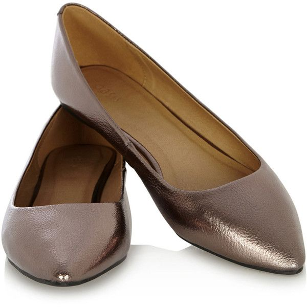 OASIS Metallic Flat Point Shoes ($18) ❤ liked on Polyvore featuring shoes, flats, pointed flat shoes, shiny shoes, pointy shoes, pointy flats and metallic flats