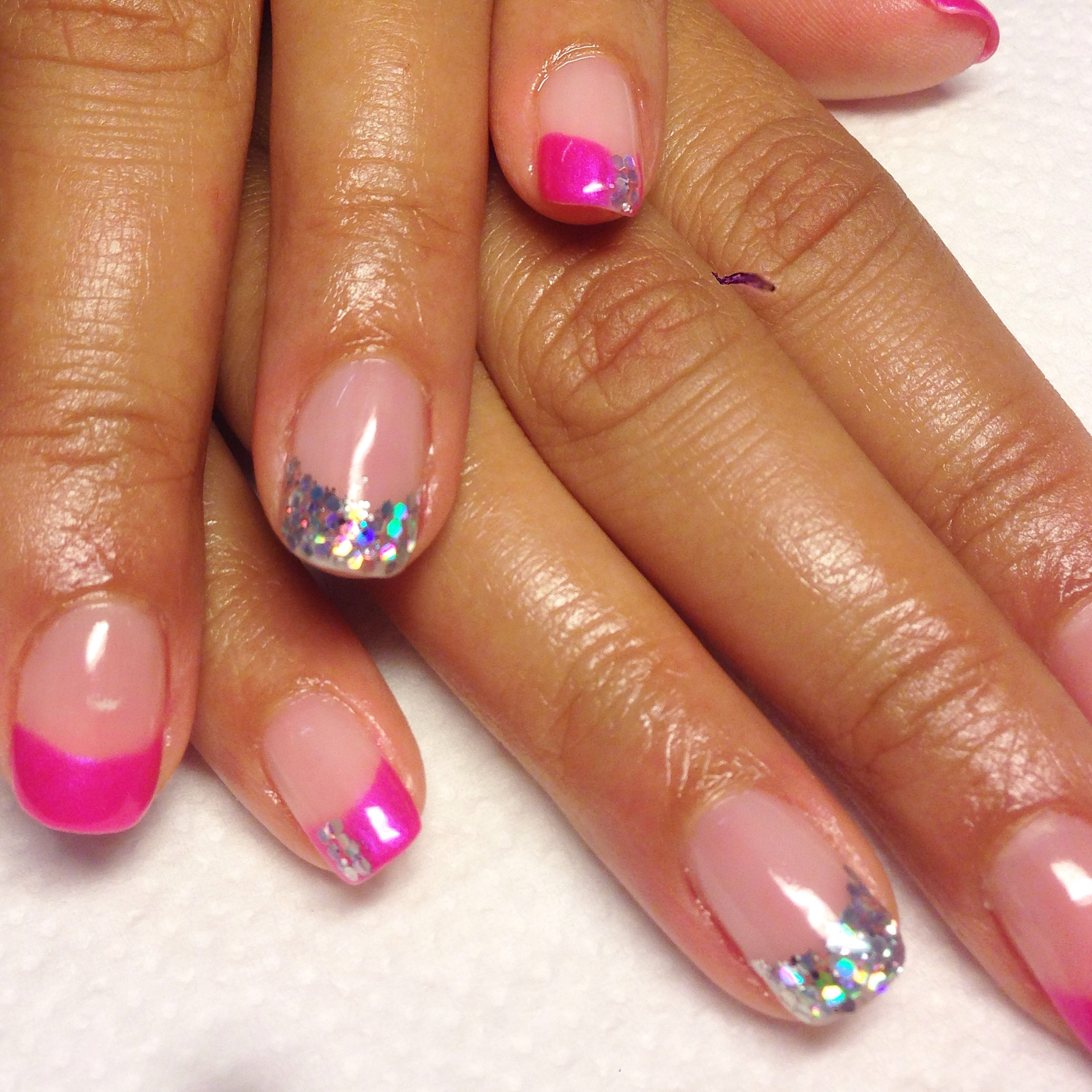 Pink bling nailss