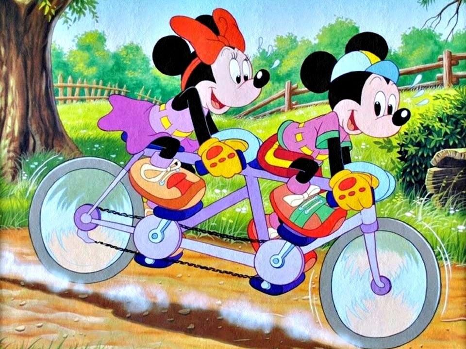Scrivania In Legno Minnie Mouse : Mickey minnie mouse disney