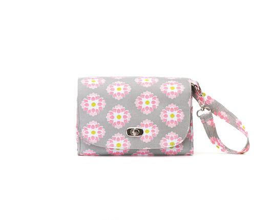 Demdaco Lilly Bit Floral Diaper Clutch Diaper Bag - Mirranme