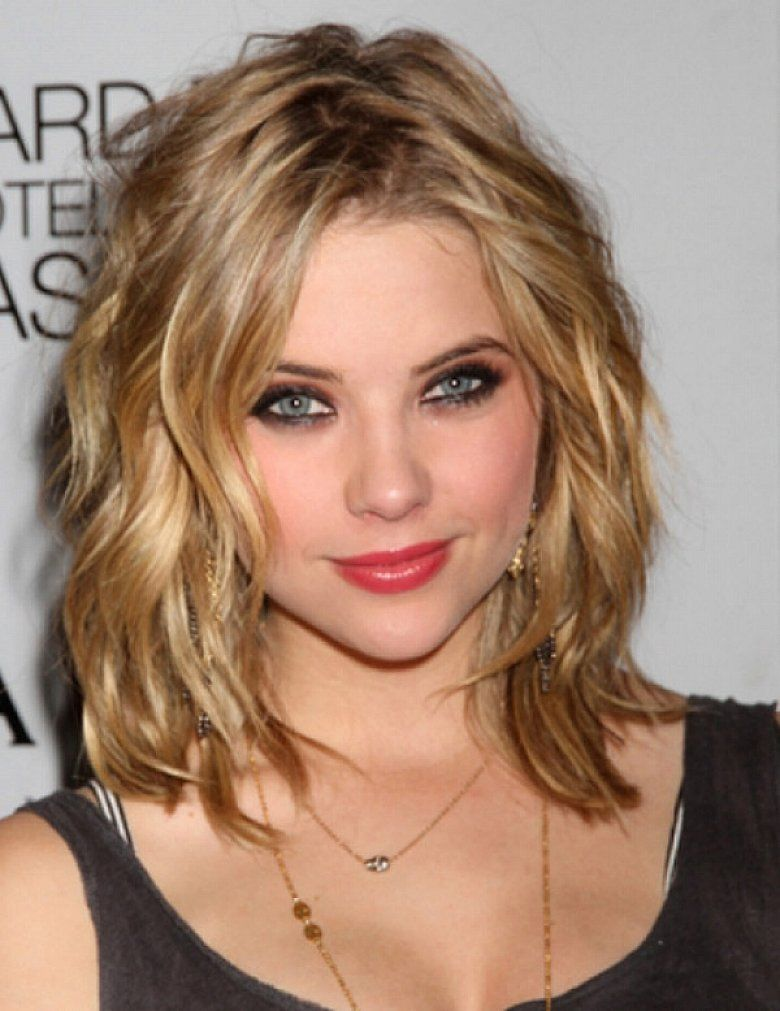 Medium Length Hairstyles 2015 Entrancing Pretty Women With Shoulder Length Hairstyles For Thick Coarse Wavy