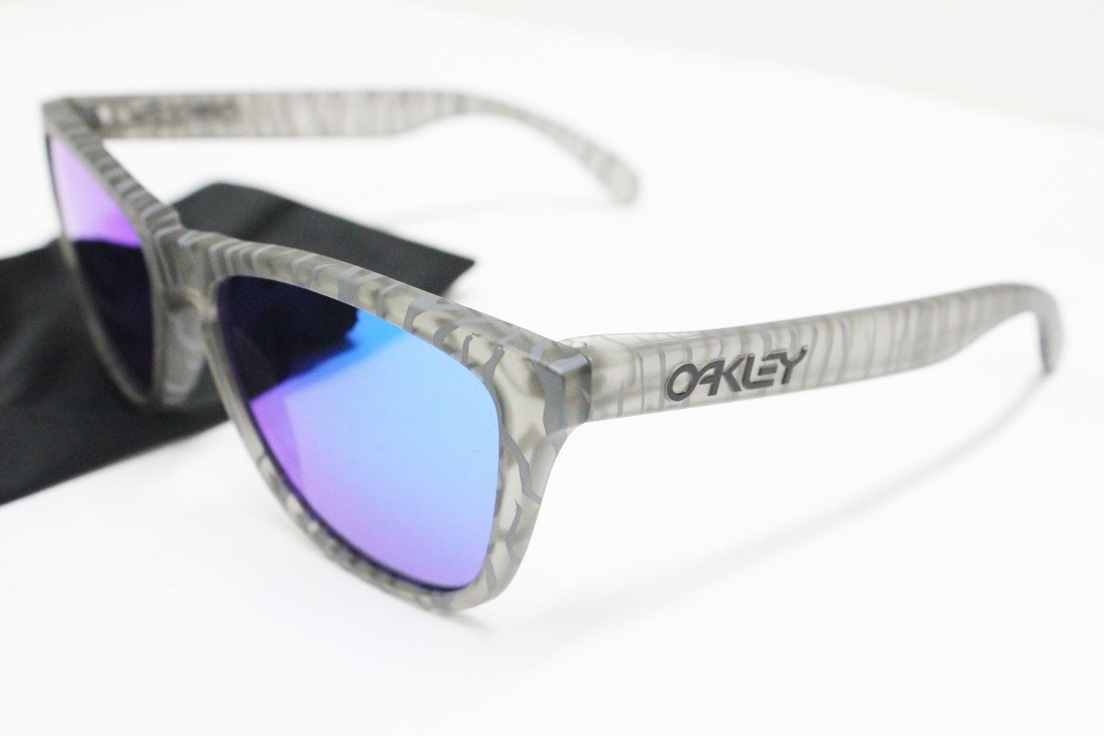 new oakley