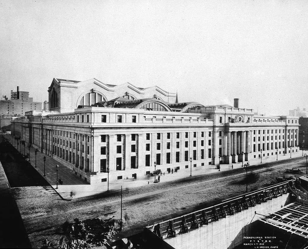 Mckim Mead White S Pennsylvania Station In 1910 New York Penn Station Nyc Photo Architecture Mapping