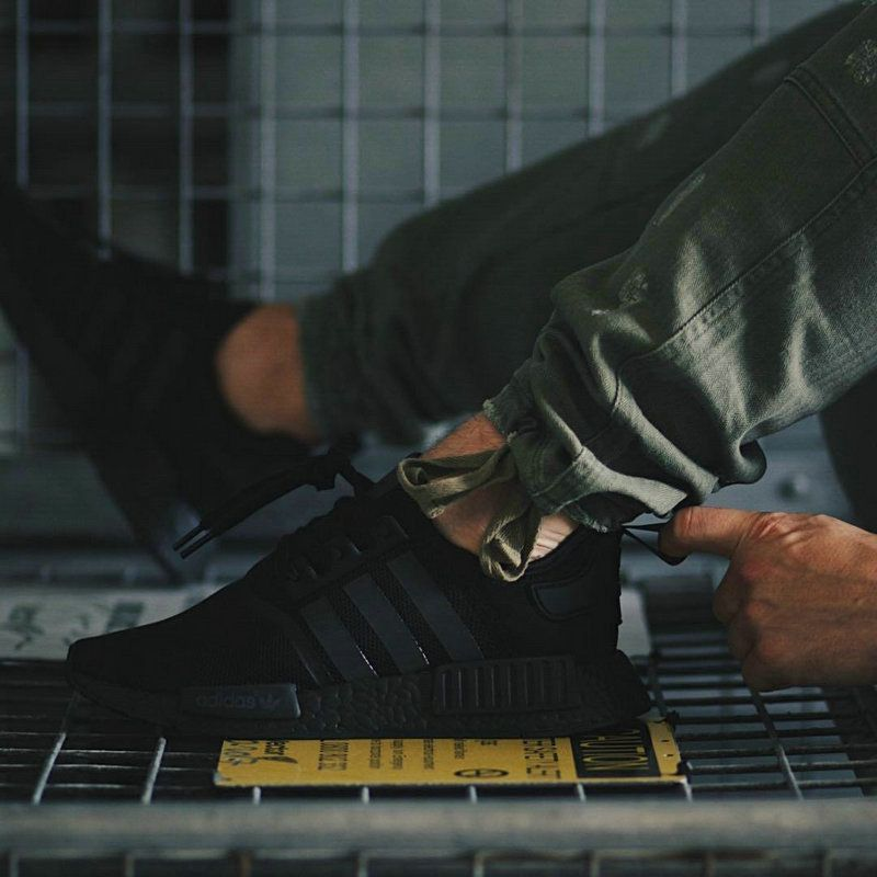 L'adidas zx flusso avanzata usa yeezy 350 lacci sneakernews scarpe