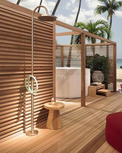 Zucchetti, sistema doccia per esterni. Design ludovica
