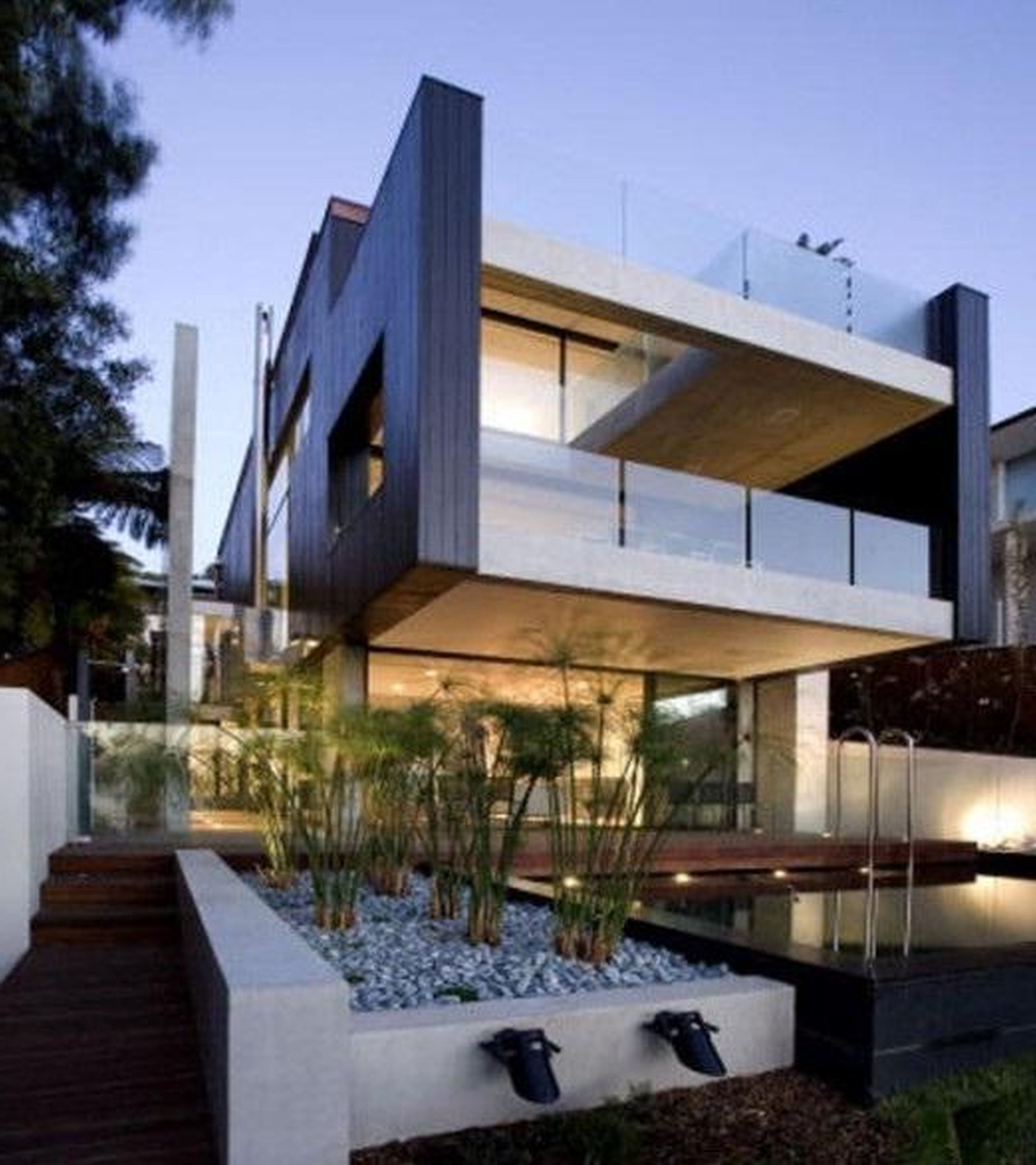 Architects home on narrow beach lot google search beach house pinterest modern modern - Unique house concept to make contrasting exterior design ...