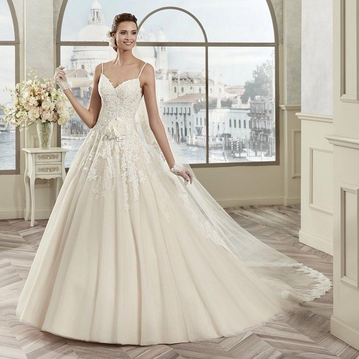 Wedding Dress Inspiration #weddingdress #weddingdresses #bride #bridaldress #bridalgown #weddinggown