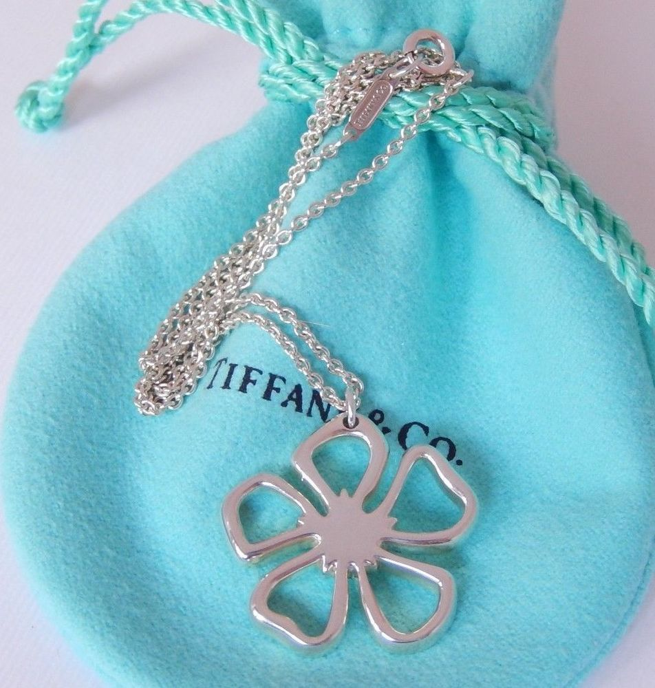 bebc681a1 Tiffany & Co Silver Open Stencil Daisy Flower Pendant Charm Chain 16