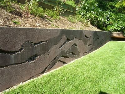 Layers Concrete Wall Vertical Stamping Ron Odell S Custom Concrete Woodland Hills Ca Concrete Retaining Walls Retaining Wall Design Cheap Retaining Wall