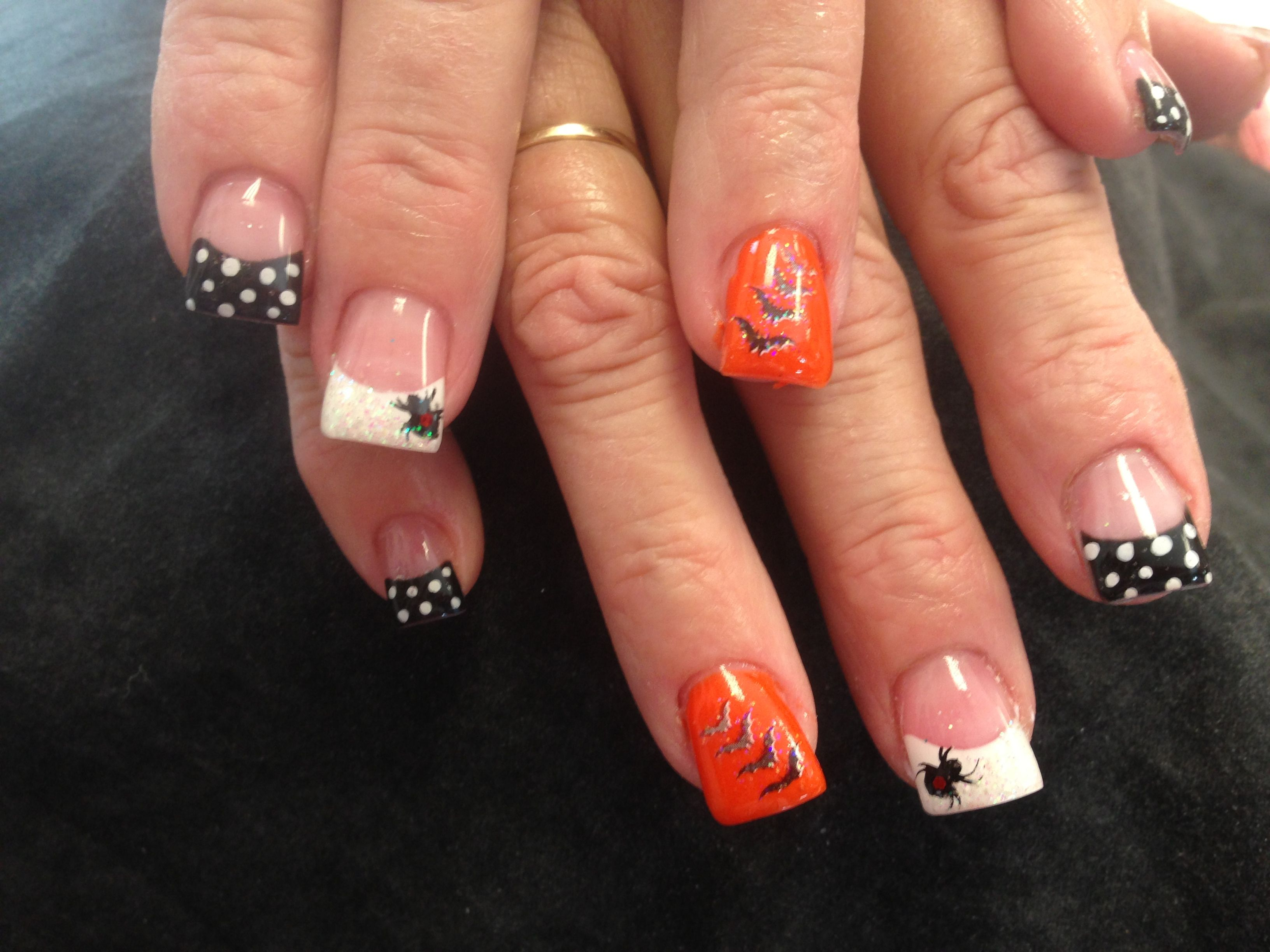 Halloween nails @Staci Flick Flick Graham LOOK AT THESE ...