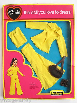 Sindy SUNSHINE GIRL 1977 MINT IN BOX Outfit | Vintage Pedigree Sindy Doll