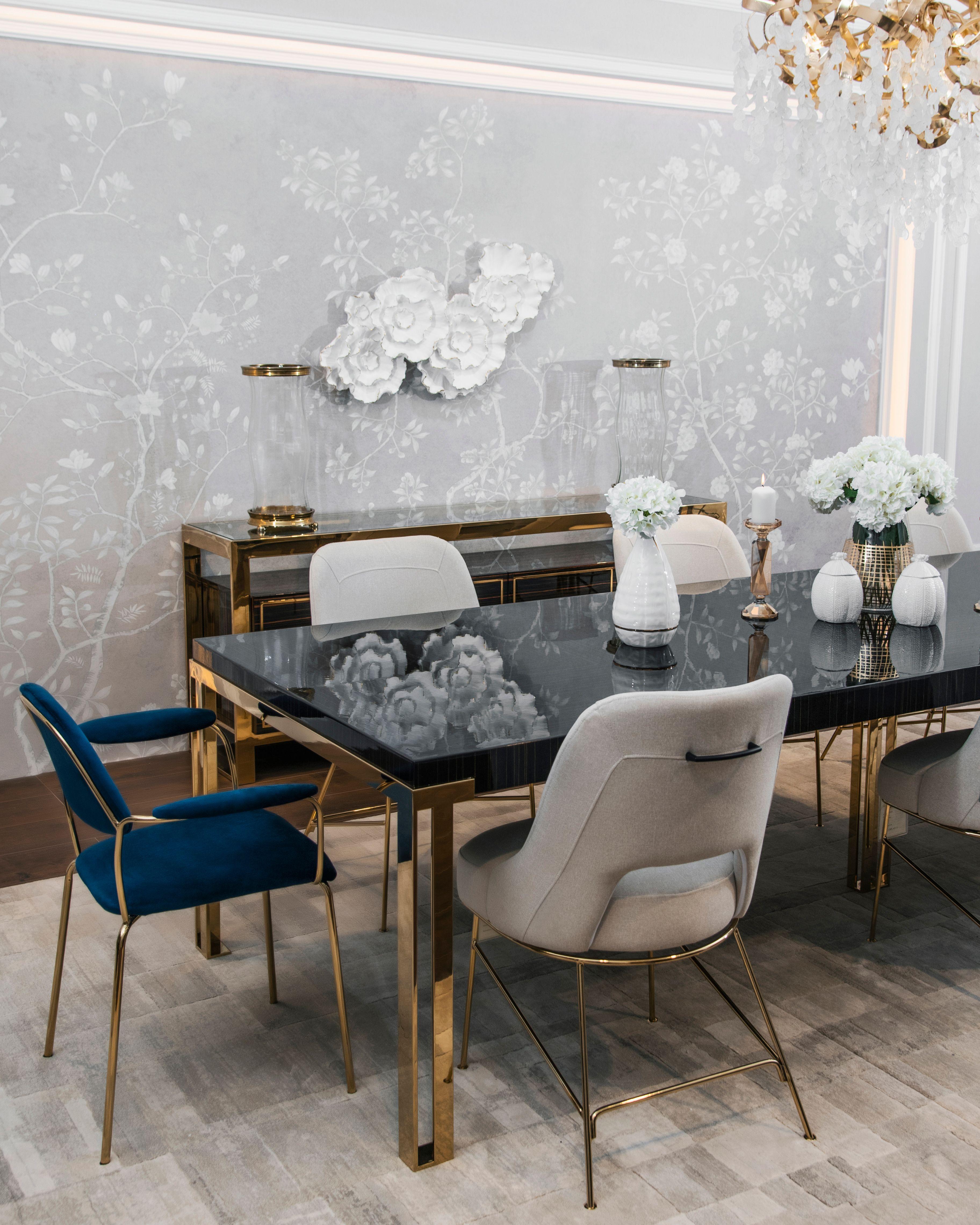 اجعل اللحظات العائلية أكثر تميز ا مع مجموعة طاولة الطعام لدينا Make Your Family Gatherings More Special With Our A Luxury Home Furniture Home Decor Furniture