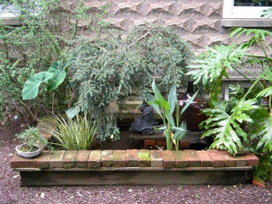 Gartenteich Selber Anlegen Bauen Holz Ziegel Hausrand Pflanzen Dekorieren