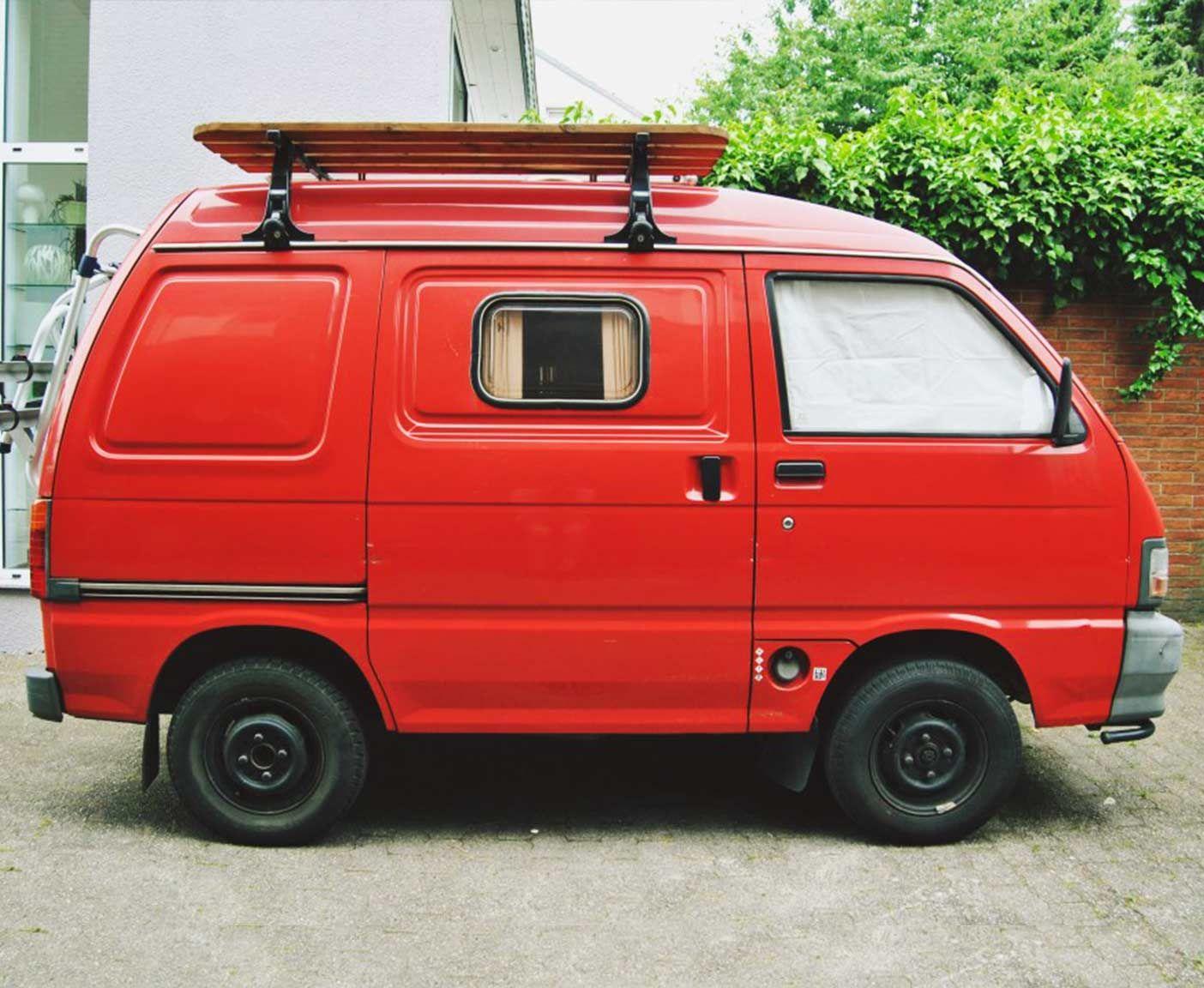 Reise Mit Mir Um Die Welt In Meinem Orangenen Bus Mein Reiseblog Beinhaltet Tips Und Tricks Rund Um Das Thema Vanlife Minivan Kleine Camper Kleines Wohnmobil