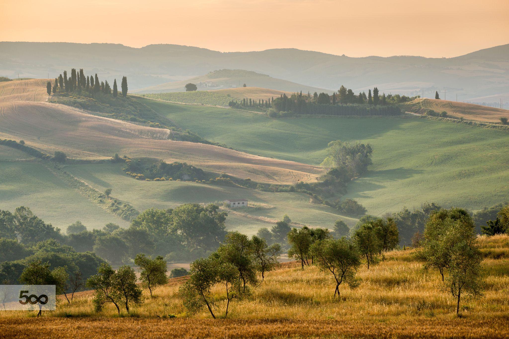 Svegliarsi in Toscana by Francesco Riccardo Iacomino on 500px