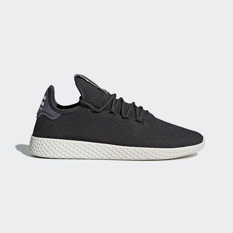 prix compétitif 59b13 40480 Pharrell Williams x adidas Tennis HU Carbon in 2019 | Shoes ...