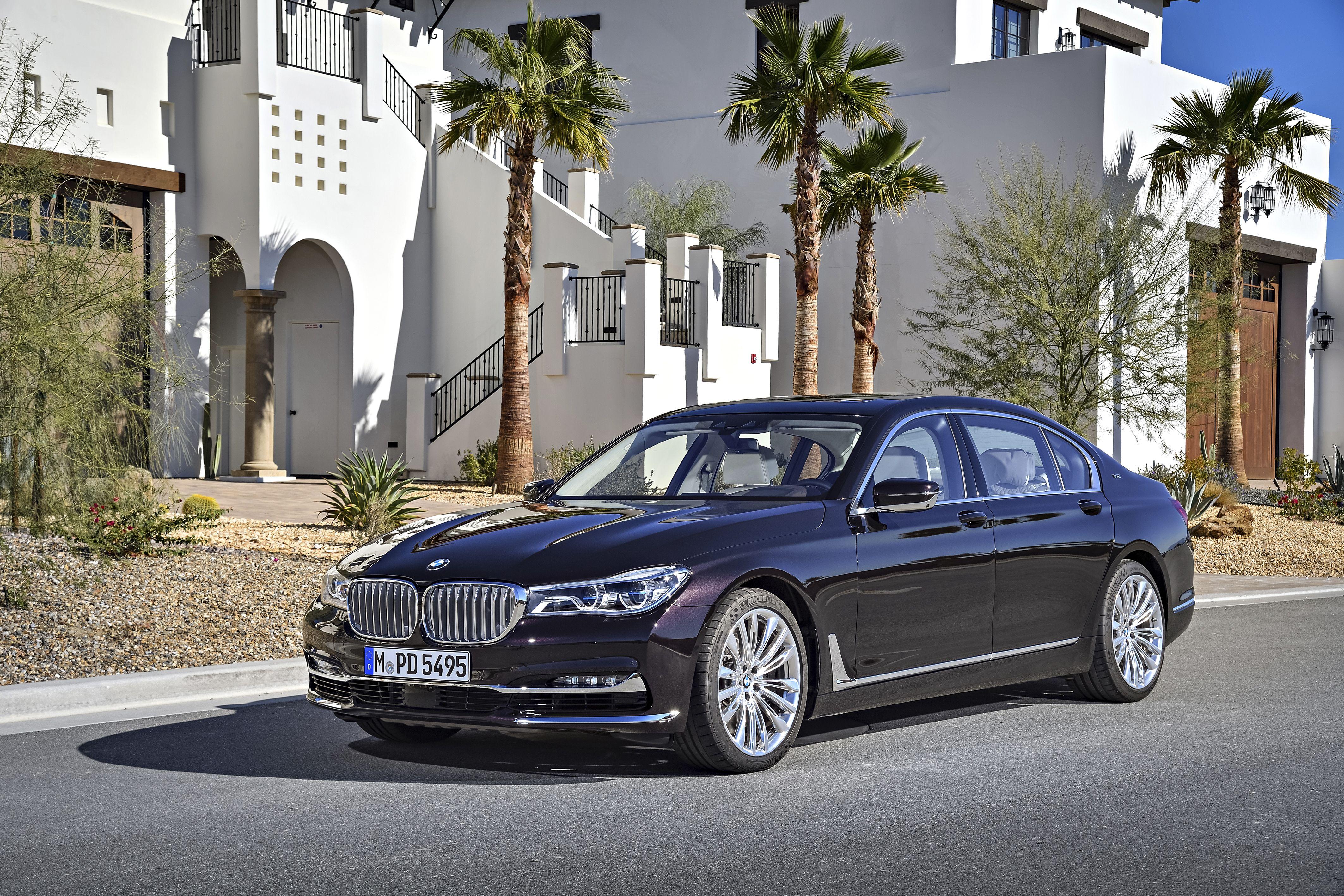 BMW G12 760Li xDrive V12 Sedan Excellence