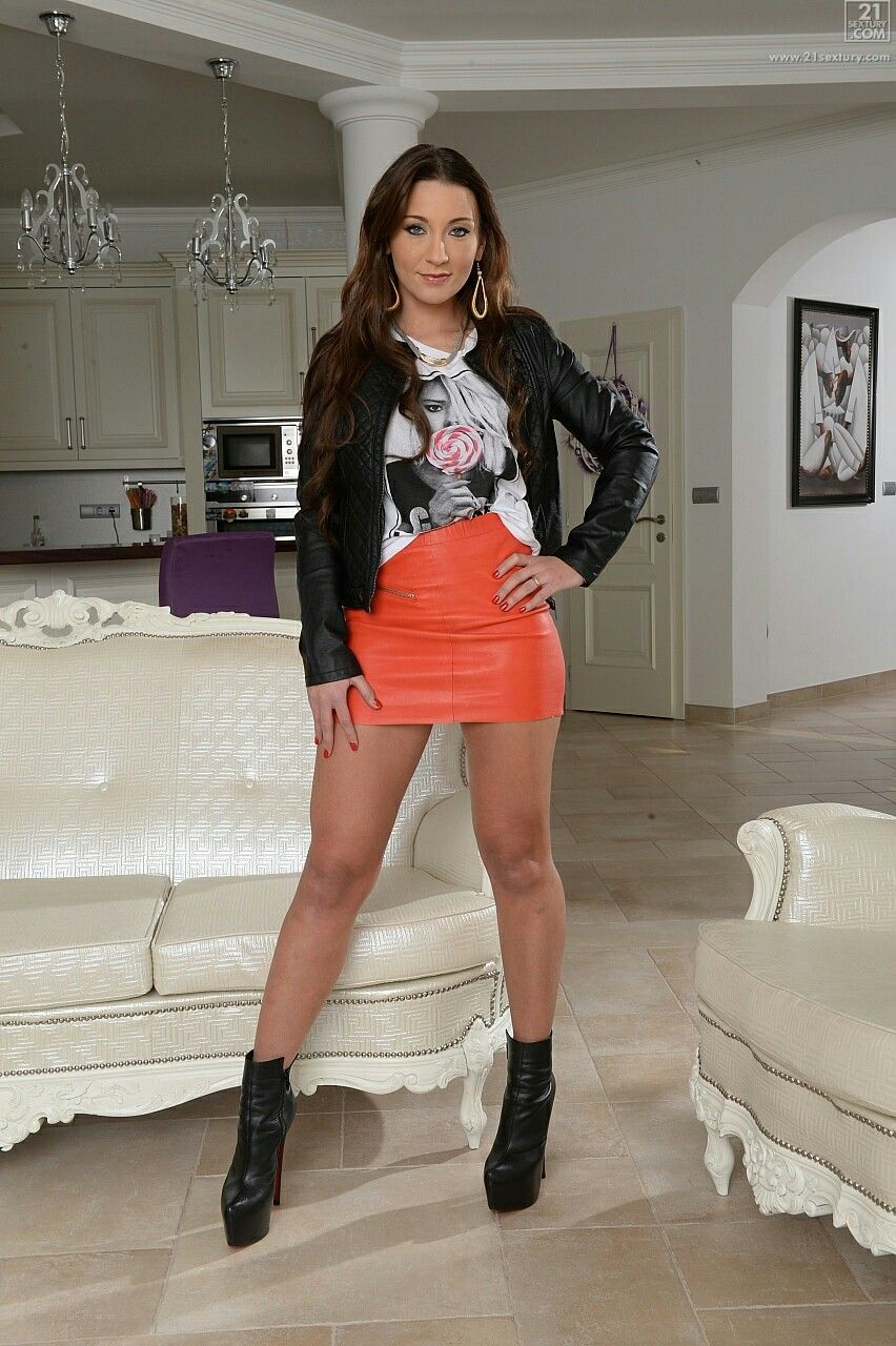 Julie Skyhigh Coloured leather skirt and black leather jacket ...