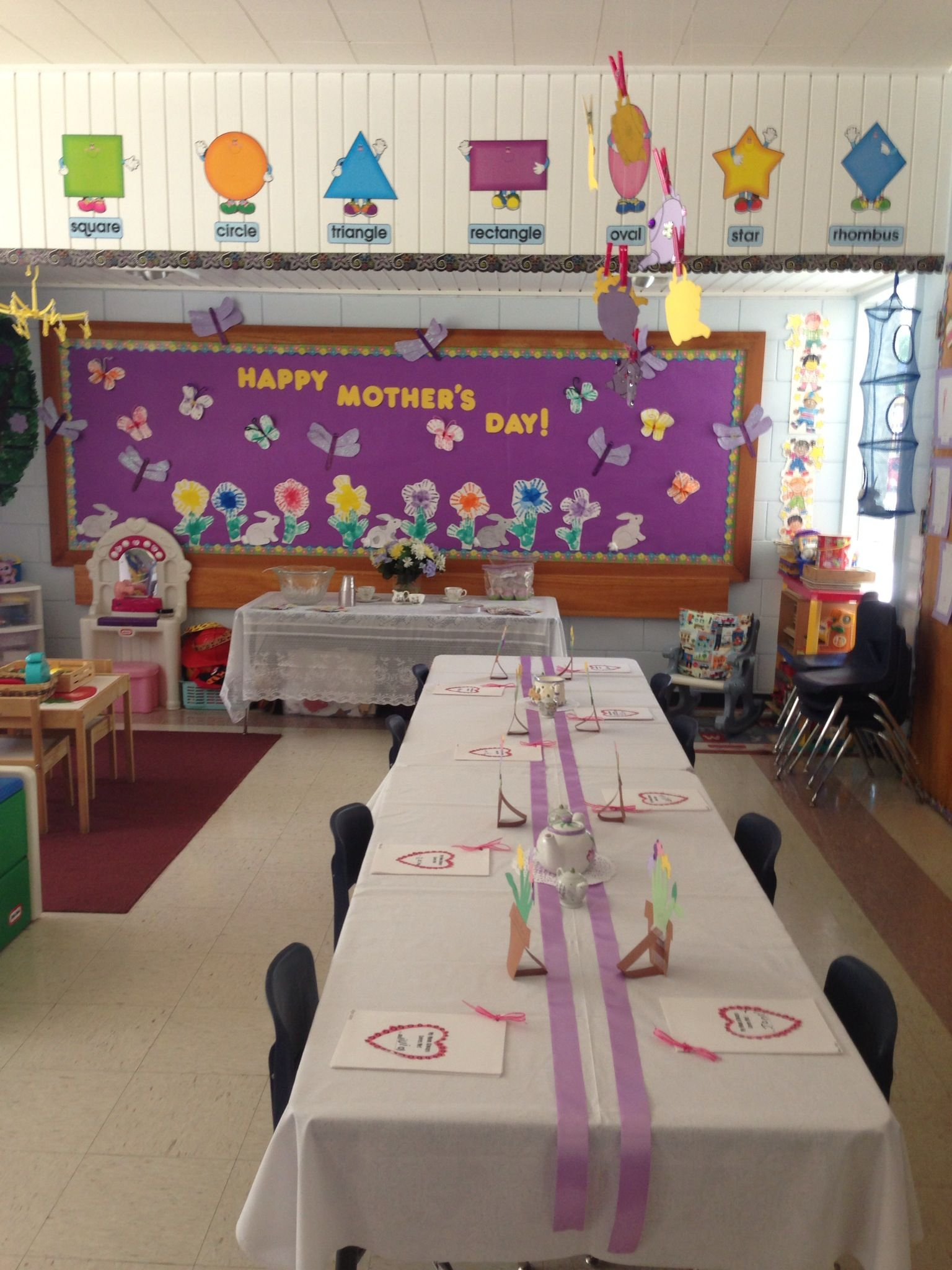 Mother S Day Classroom Decoration Ideas : Preschool mother s day tea room set up